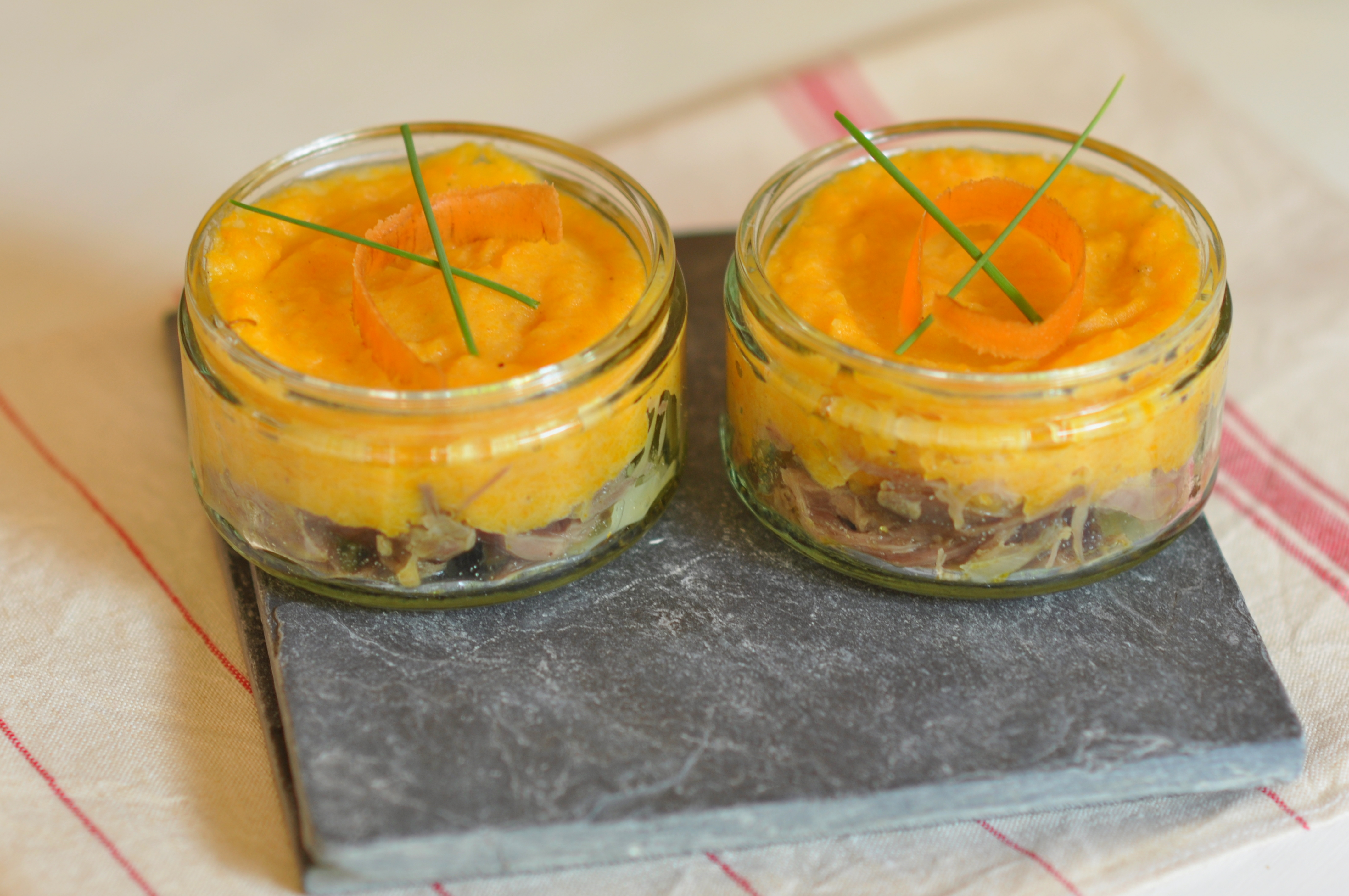 Hachis parmentier aux carottes et au confit de canard