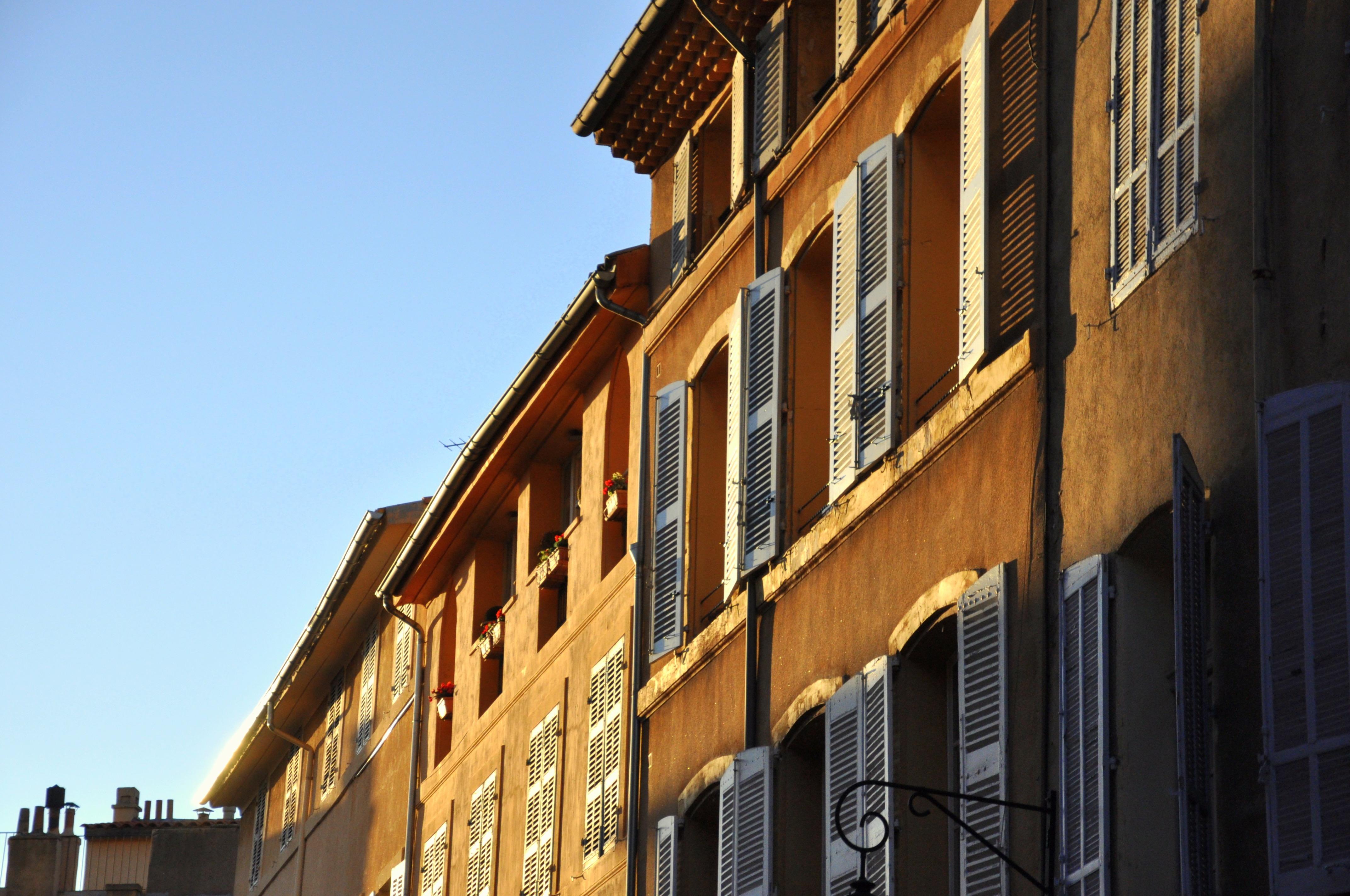 Façades d'Aix en Provence